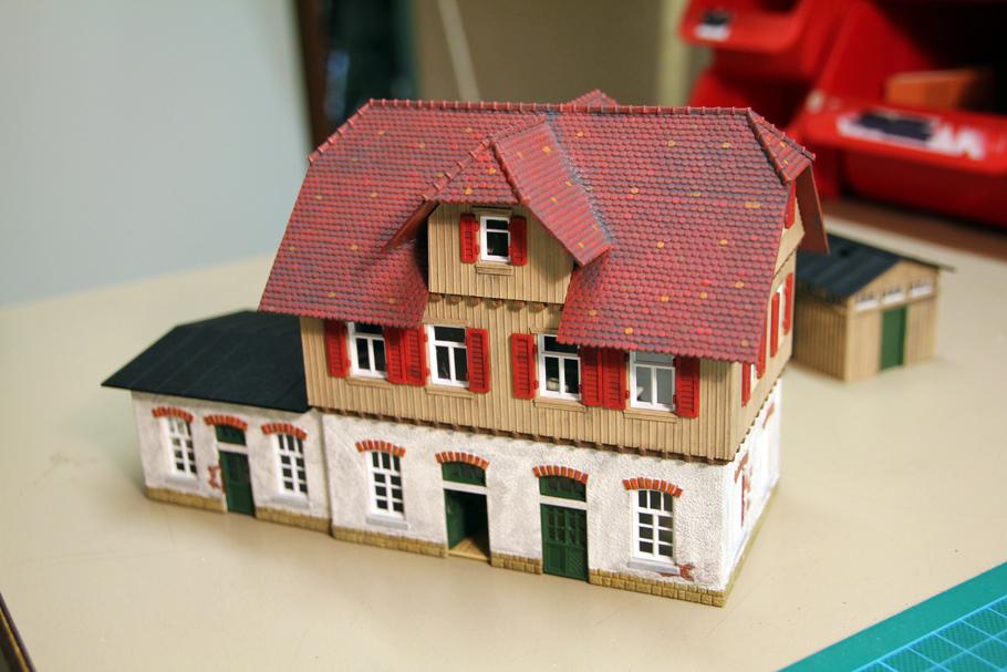 modellhaus aus pappe beautiful huschen modellhaus mit blauem hintergrund with modellhaus aus. Black Bedroom Furniture Sets. Home Design Ideas