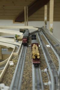 Durchfahrtsgleis H0e oben