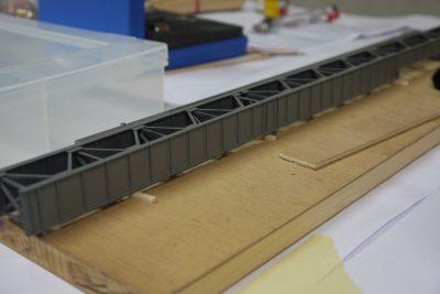Blechträgerkasten H0 lackiert