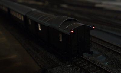 Zug mit Innenbeleuchtung H0_2